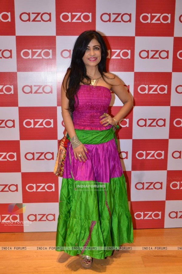 Shibani Kashyap at Shivani Awasti's Collection Launch at AZA