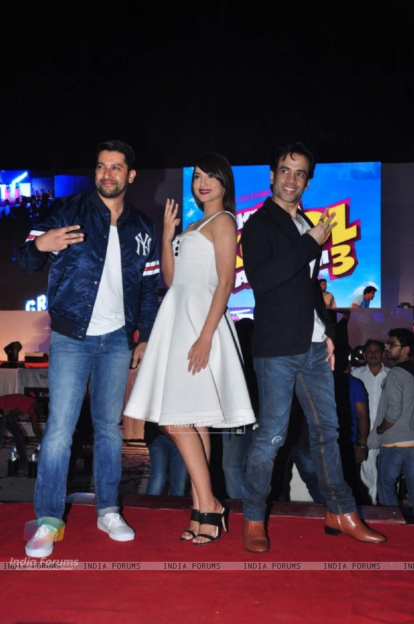 Aftab Shivdasani, Tusshar Kapoor and Gauahar Khan at Song Launch of 'Kya Kool Hain Hum3'