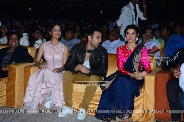 Yami Gautam, Pulkit Samrat and Divya Khosla at Song Launch of 'Sanam Re'
