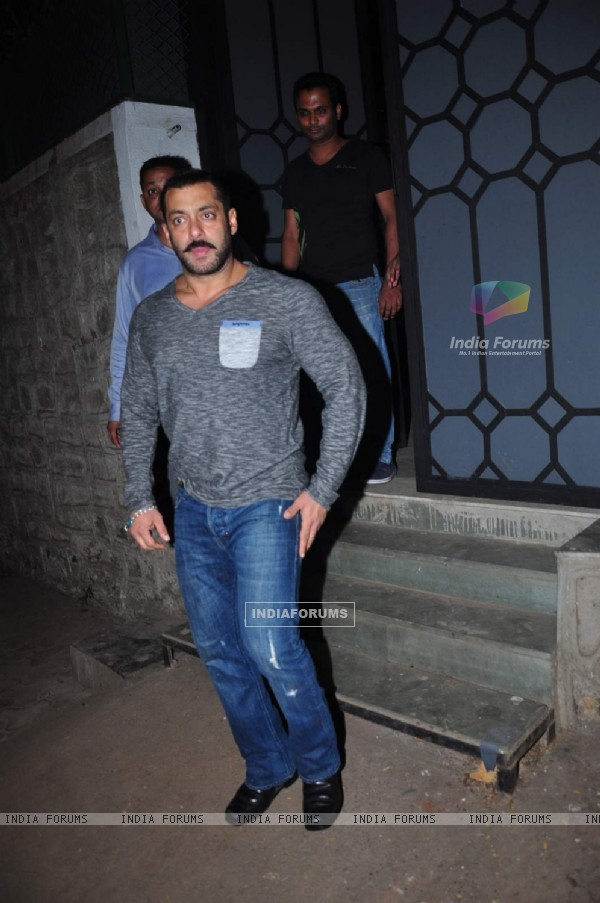 Salman Khan Snapped Post Dinner with Family and Friends