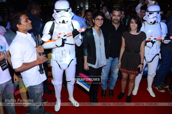 Aamir Khan and Kiran Rao at Premiere of 'Star Wars: The Force Awakens'