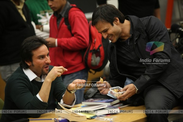 Saif Ali Khan and Vivek Oberoi in the movie Kurbaan