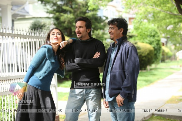 Saif and Kareena with Rensil (38943)