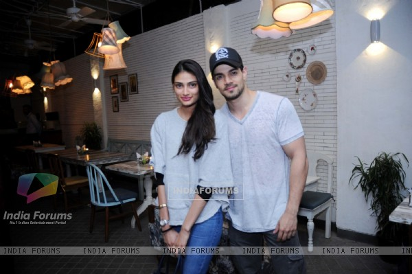 Athiya Shetty and Sooraj Pancholi Snapped at 'Fable' Restaurant
