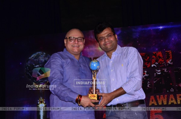 Manoj Joshi at Mumbai Global Achiever's Award