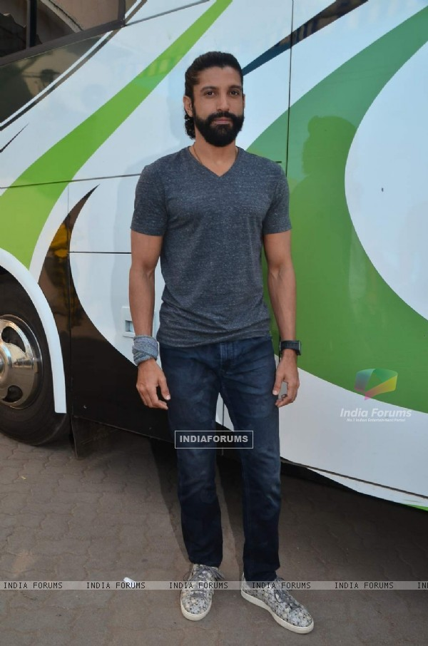 Farhan Akhtar at Press Meet of 'Wazir'