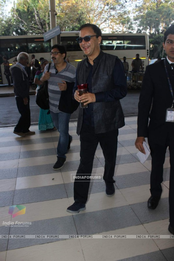 Vidhu Vinod Chopra Snapped at Airport