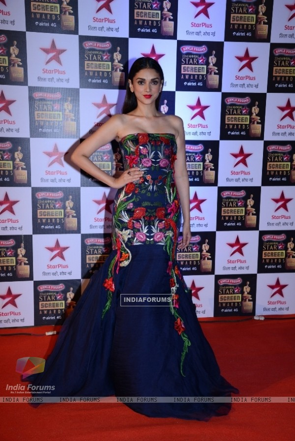 Aditi Rao Hydari poses for the media at 22nd Annual Star Screen Awards