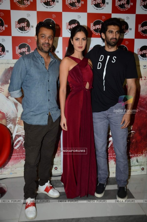 Team poses for the media at the Promotions of Fitoor on Fever FM