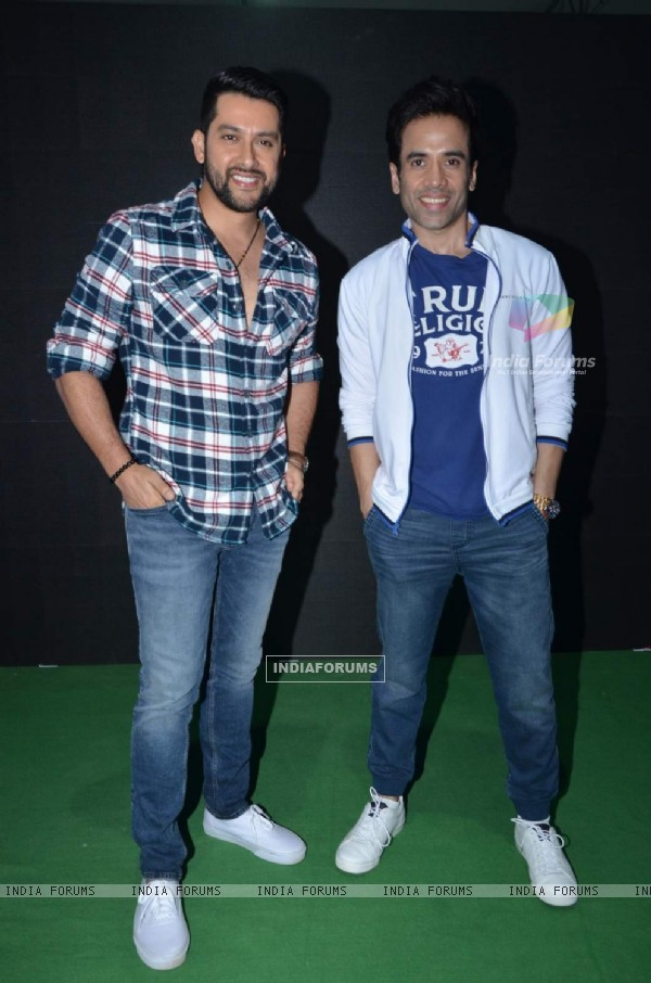 Tusshar and Aftab Promotes Kyaa Kool Hai Hum 3 at 'Get Active Expo'