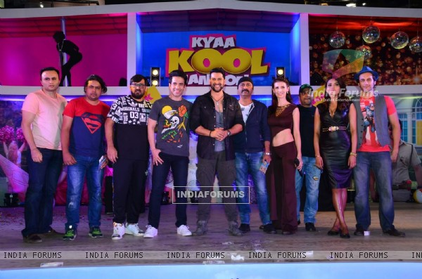 Cast of Kyaa Kool Hai Hum 3 for Promotions