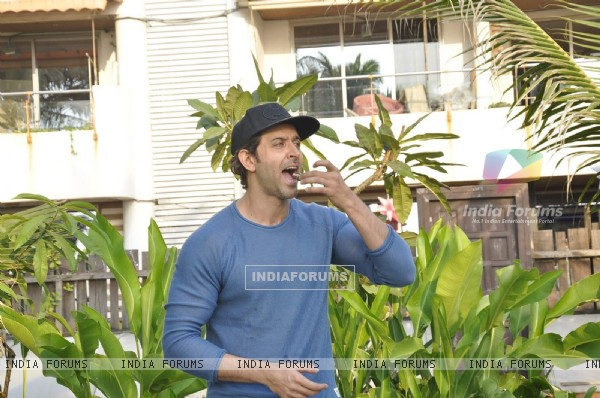 Hrithik Roshan's Birthday Celebration With Media
