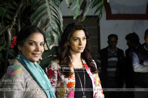 Shabana Azmi and Juhi Chawla at Special Screening of 'Chalk N Duster' in Delhi