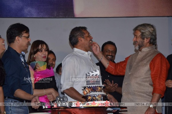 Mahesh Manjrekar, Nana Patekar and Sunil Barve at Success Bash of 'Natsamrat'