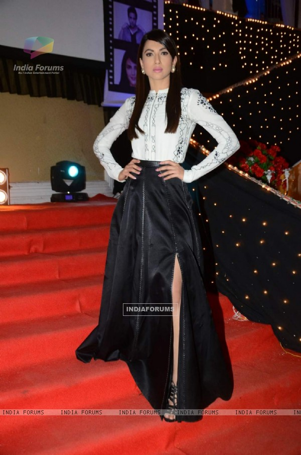 Gauahar Khan for Promotions of Kyaa Kool Hai Hum 3 on 'Naagin'