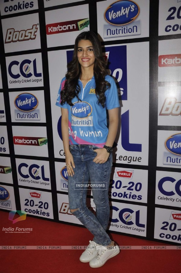 Kriti Sanon at Launch of Celebrity Cricket League 6