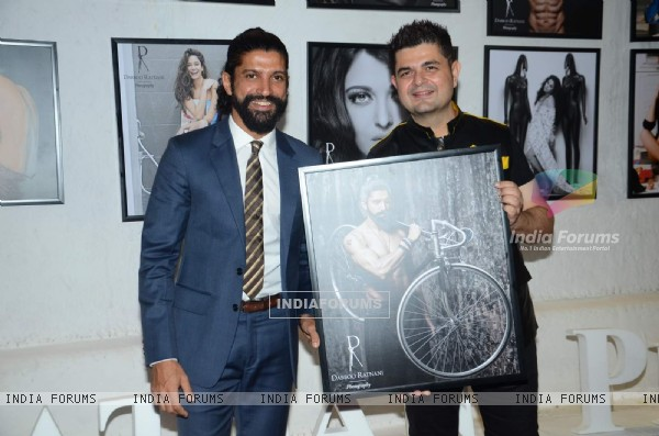 Farhan Akhtar Holds His Picture Frame at Dabboo Ratnani's Calendar Launch