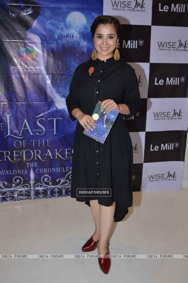Simone Singh at Book Launch of 'The Last of the Firedrakes'