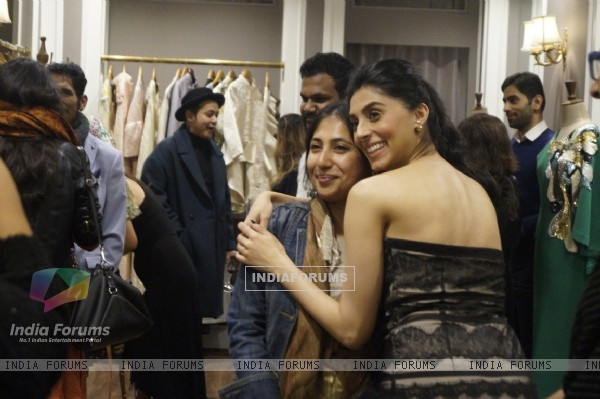 Pernia Qureshi at Launch of New Collection at her Pop Up Shop
