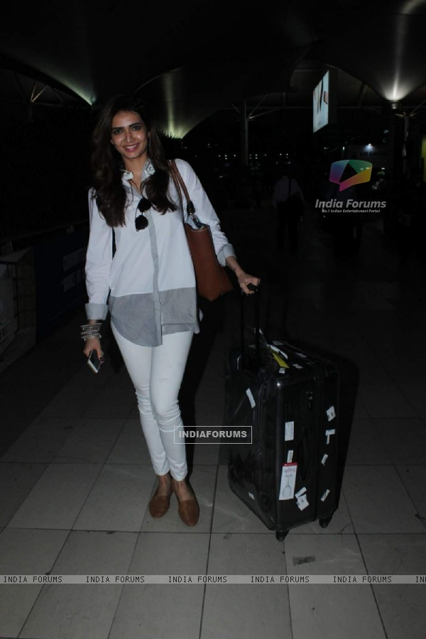Karishma Tanna Snapped at Airport