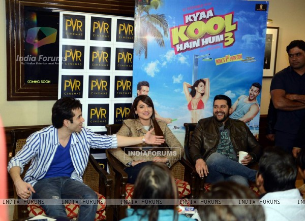 Aftab Shivdasani, Tusshar Kapoor and Gauahar Khan at Promotions of Kyaa Kool Hai Hum 3 in Delhi