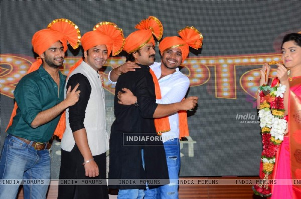 Jitendra Joshi, Sonalee Kulkarni and Aniket Vishwasrao at Launch of Marathi Film 'Poshter Girl'