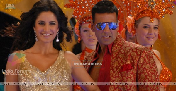Akshay and Katrina in the movie De Dana Dan (39272)