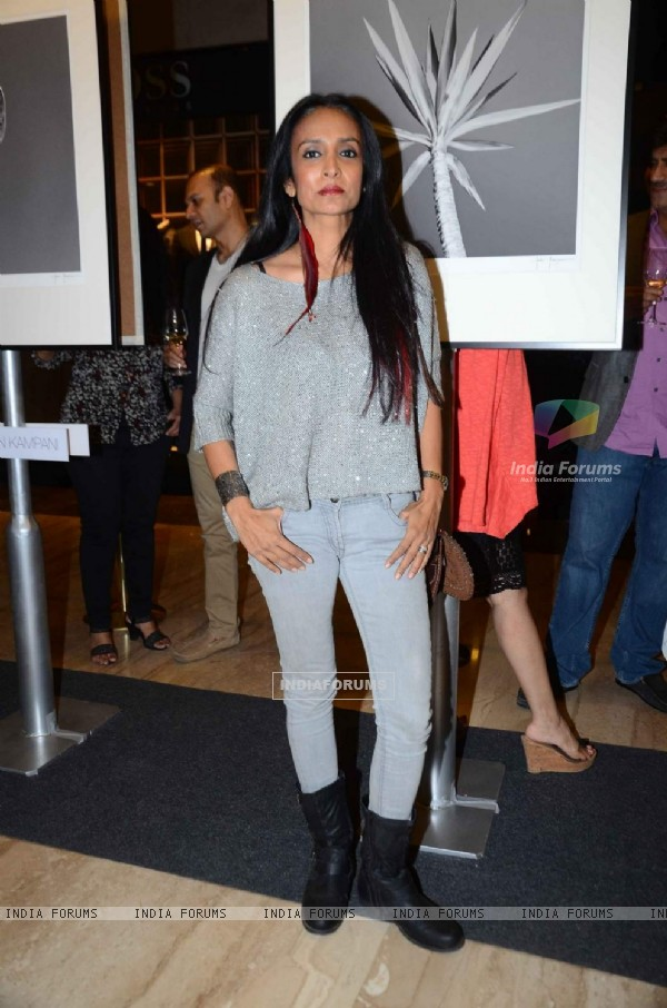 Suchitra Pillai at Unveiling of 'Art Out of The Gallery'