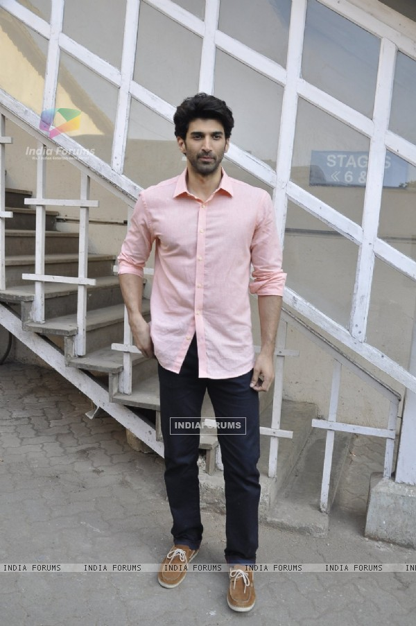 Aditya Roy Kapur snapped at Mehboob Studios