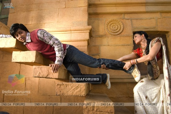 Jacqueline Fernandez trying to stop Ritesh Deshmukh