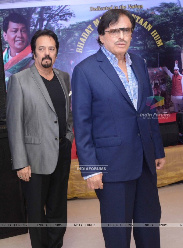 Akbar Khan with Sanjay Khan at Song Launch of Hemant Tantia for Republic Day