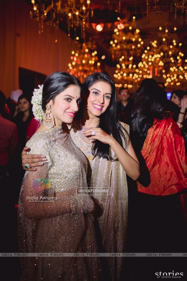 Divya Khosla Kumar at Asin Thottumkal and Rahul Sharma's Wedding Reception