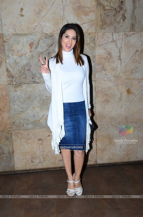 Sunny Leone at Special Screening of 'Mastizaade'