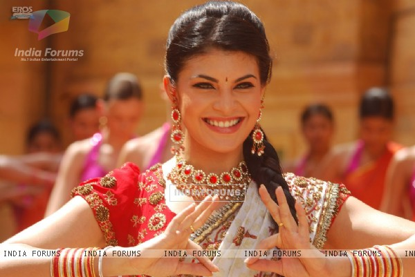 Jacqueline Fernandez looking beautiful in ethnic wear (39346)