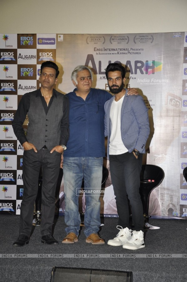 Manoj Bajpayee, Hansal Mehta and Rajkummar Rao at Trailer Launch of 'Aligarh'