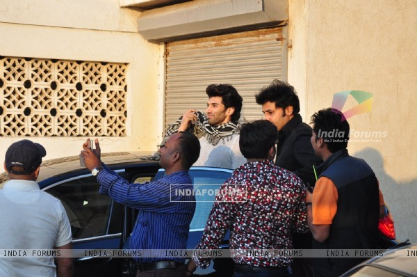 Aditya Roy Kapoor's Coffee Date for Fitoor Promotions