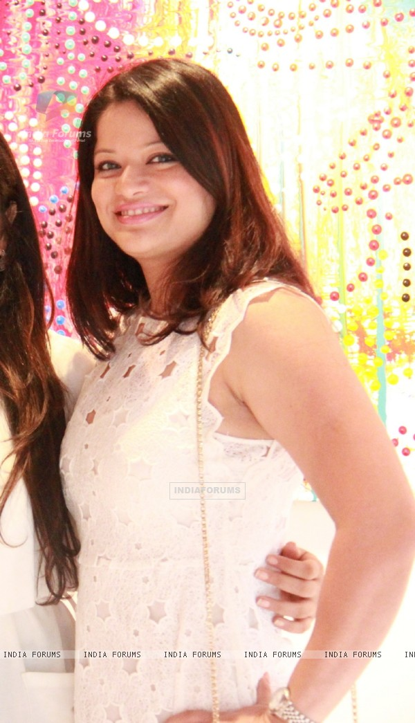 Arzoo Govitrikar at Rowena Baweja's Art Exhibition