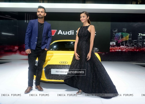 Alia Bhatt and Virat Kohli at Auto Expo 2016 in Delhi