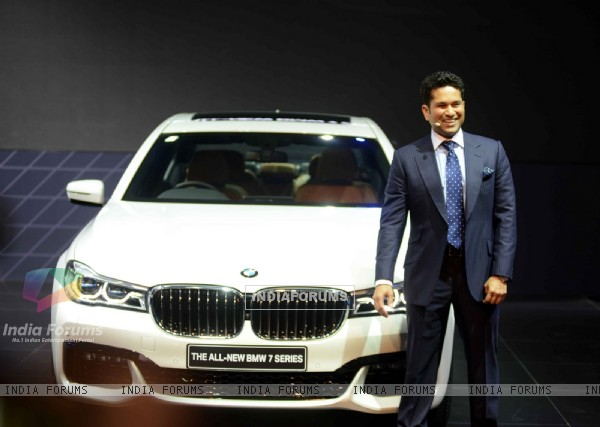 Sachin Tendulkar Unviels the all new 'BMW 7 Series' at Auto Expo 2016 in Delhi