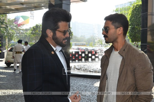 Forever Young Anil Kapoor Meets Dashing Shahid Kapoor at Press Meet of Zee Cine Awards
