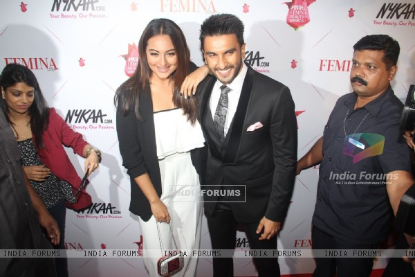 Ranveer Singh and Sonakshi Sinha at Femina Beauty Awards 2016