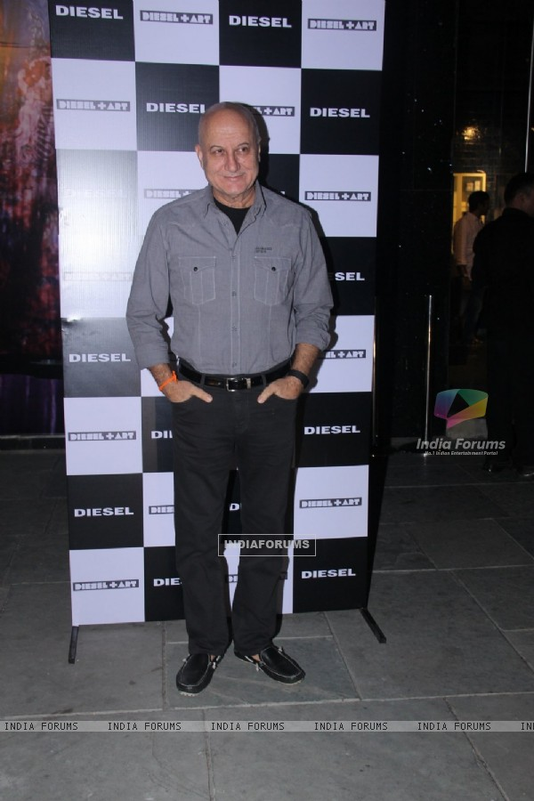 Anupam Kher at Rohan Shrestha's Hanami Exhibition
