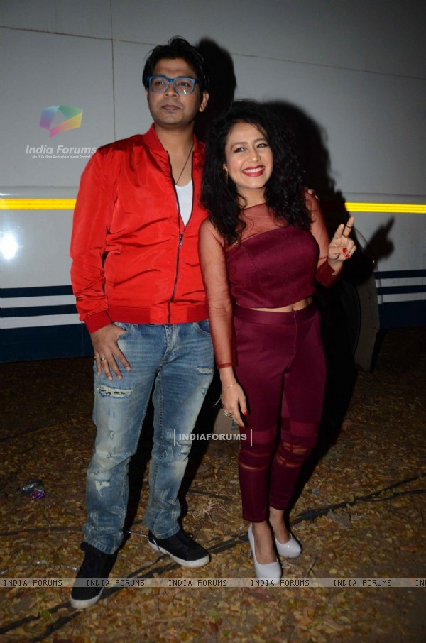 Neha Kakkar with Ankit Tiwari at Promotional Event of 'Sanam Re'