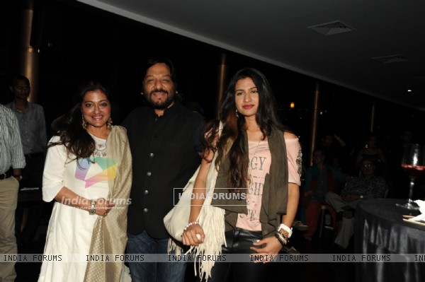 Roopkumar & Sonali Rathod and Doughter Reewa Rathod at Louiz Banks 75th Birthday Celebrations