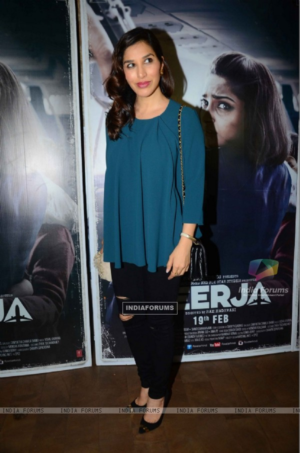 Sophie Choudry at Special Screening of Neerja