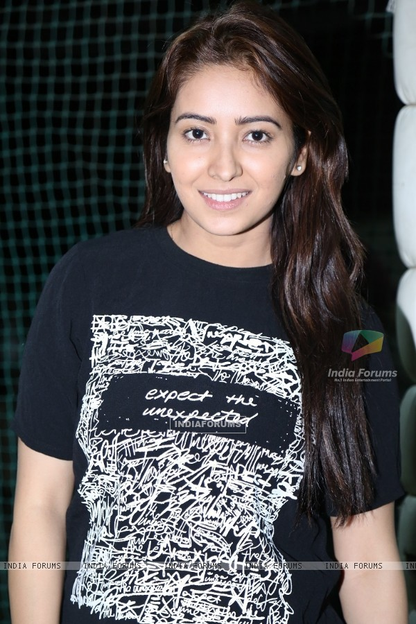 Asha Negi at Valentine's Day Celebrations of Kolkata Baabu Moshayes