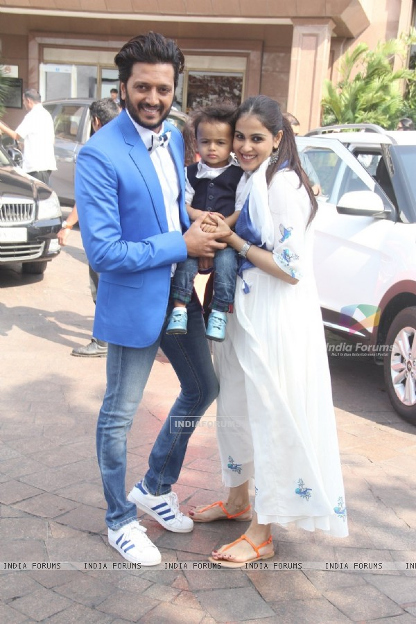 Captured! Genelia & Riteish Pose for media With Son Riaan at Arpita Khan's Baby Shower Ceremony