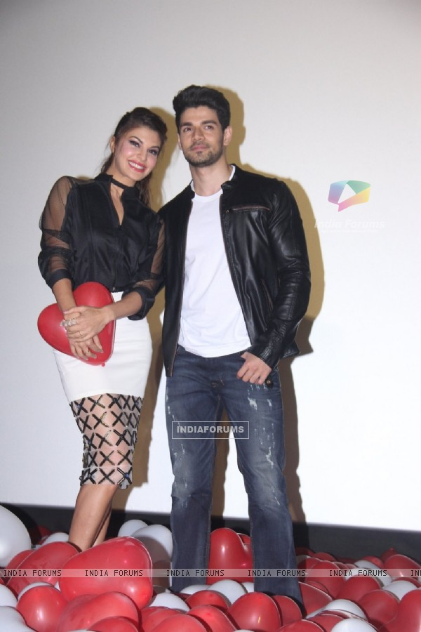Jacqueline Fernandes and Sooraj Pancholi at GF BF Song Launch