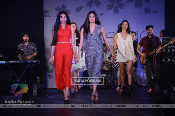Athiya Shetty walks for Arabella