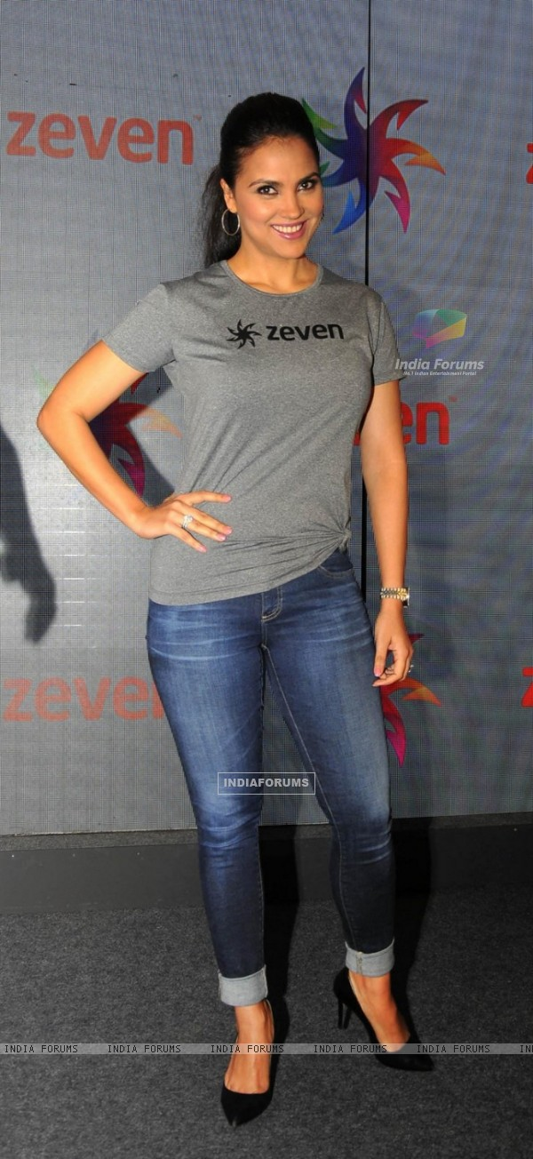 Lara Dutta at Zeven Event